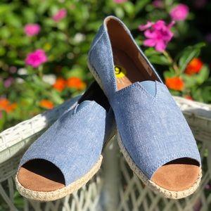 Toms Open Toe Espadrilles Blue Canvas Shoe (NWOT)
